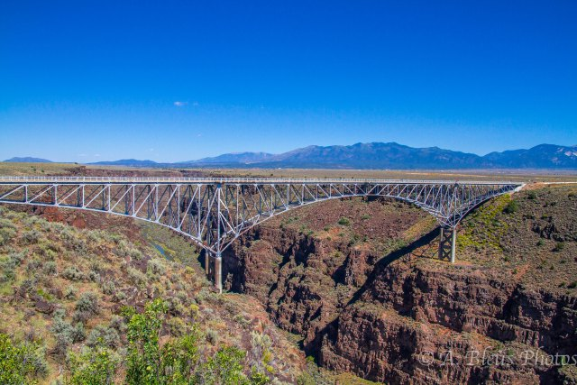 rio-grande-gorge-bridge-taos-new-mexico